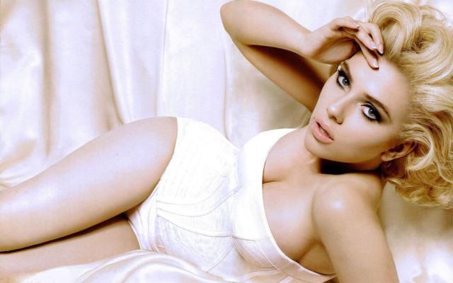 mujeres hermosas famosas (16)