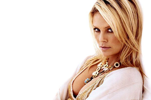 mujeres hermosas famosas (30)