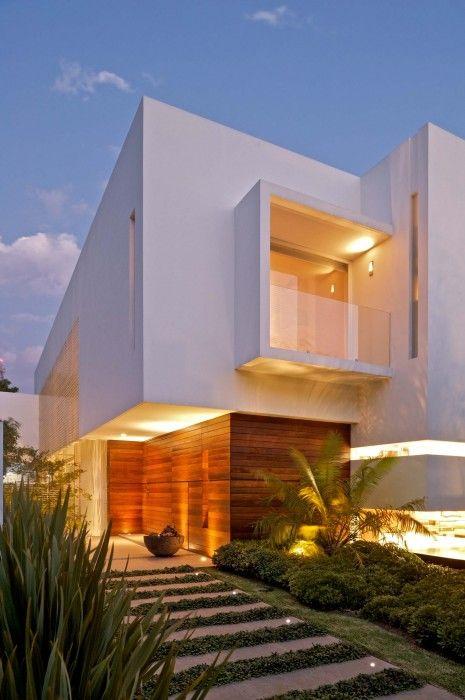 un rasgo elocuente de las casas minimalistas son sus grandes ventanales casi a tal punto que a ms de uno le puede parecer un atentado contra la privacidad - Casas Minimalistas