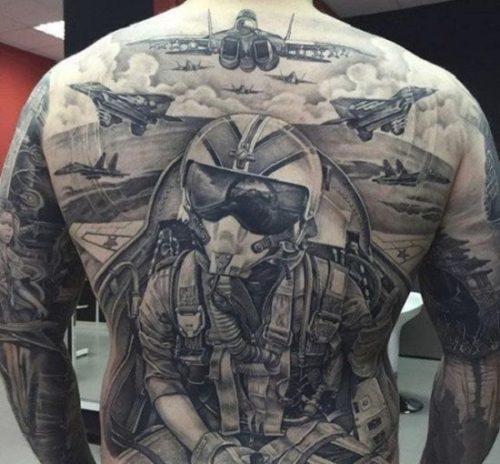 Imágenes de tatuajes en la espalda