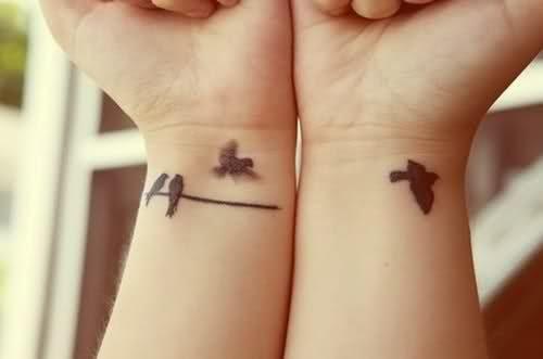 70 Imágenes De Tatuajes Para Mujeres En Muñecas Hombros Piernas Y