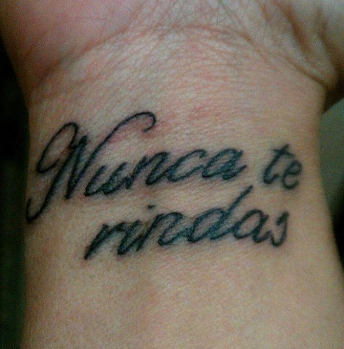 Tatuajes De Frases Cortas Para Mujeres Y Hombres Con Significado